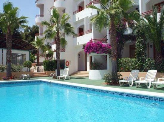 Vista playa 1 spain menorca apartment reviews photos for Apartment reviews