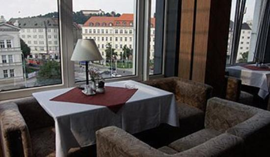 A-Austerlitz Hotel: Dining