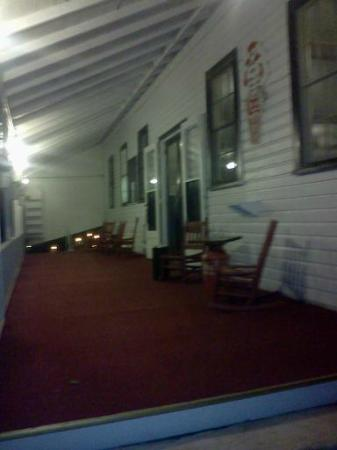 Scott's Family Resort : The Playhouse Porch