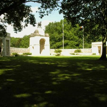Hotel Royal Picardie: Area Attraction