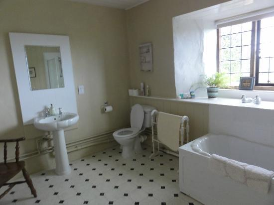Wickham Manor Farm: Bathroom