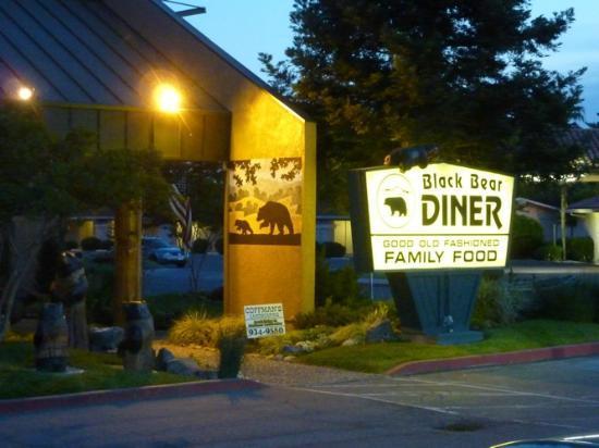 Black Bear Diner entrance