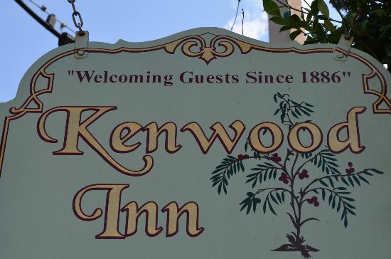 The Kenwood Inn: Sign