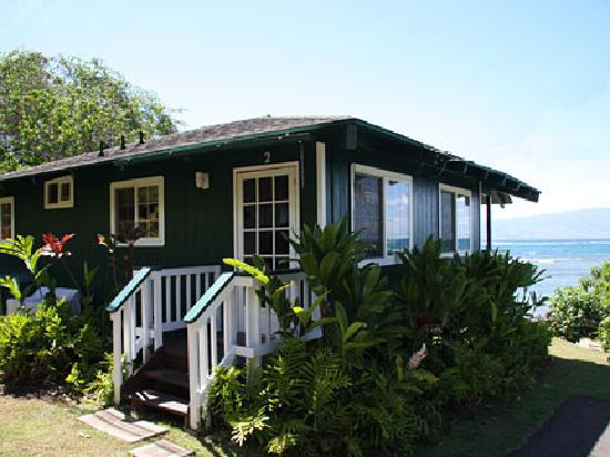 Dunbar Beachfront Cottages: Pauwalu Cottage Entry