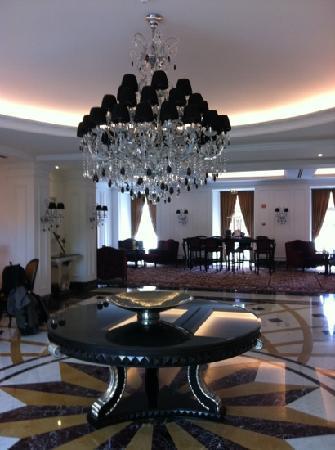 InterContinental Porto Palacio das Cardosas: lobby