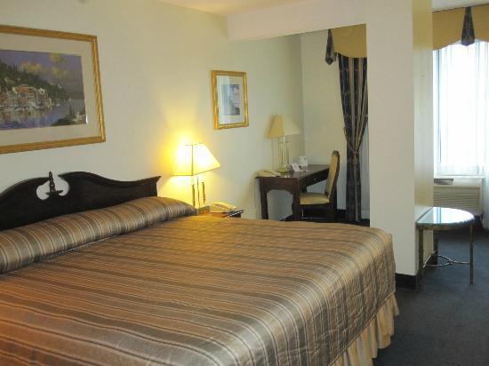 Le Nouvel Hotel: chambre