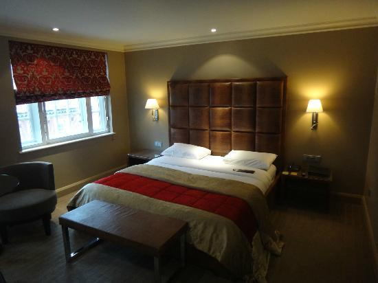 The May Fair Hotel: My Room