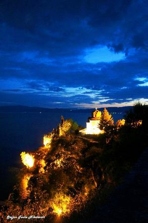 St. Jovan Kaneo : Blue Hour in Kaneo