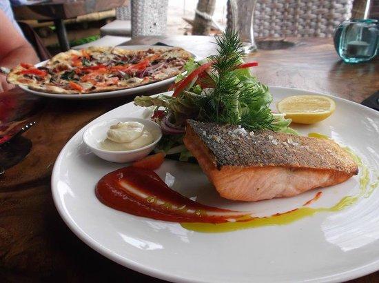 Karma Beach Batu Belig: Dining 2