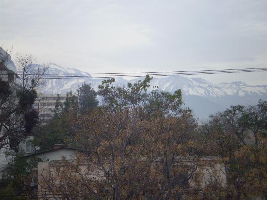 هوتل بيداسوا: Cordilheiras vistas do apartamento 