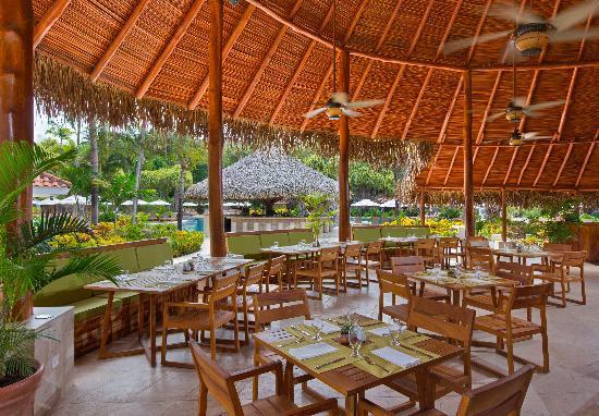 The Westin Golf Resort & Spa, Playa Conchal: Caracola Pool Restaurant