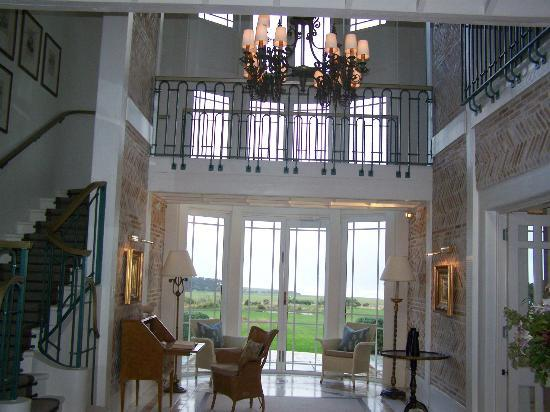 Wharekauhau Country Estate: Main Lodge Atrium