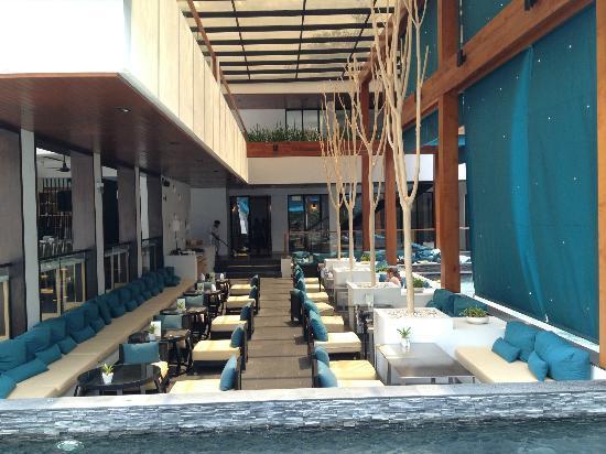 Nap Patong: Dining