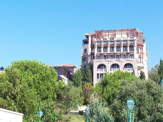 Klassis Resort Hotel: Backside