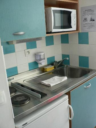 Sejours & Affaires Lille - Europe: kitchen