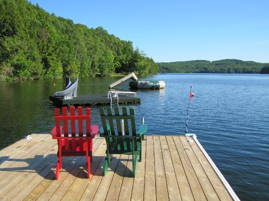 Cedar Grove Lodge: Picturesque Peninsula Lake