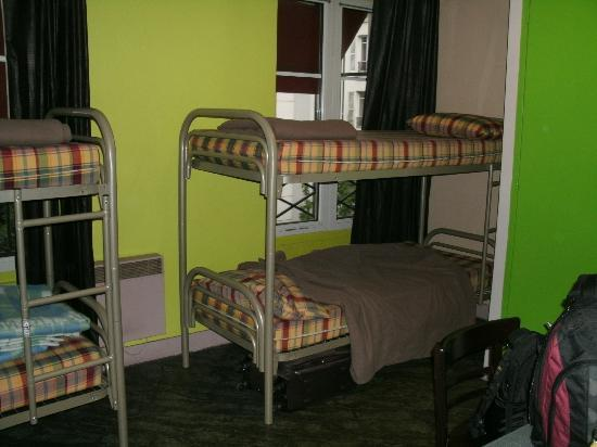 Aloha Hostel : Room