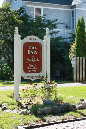Inn at Grey Gables: Sign