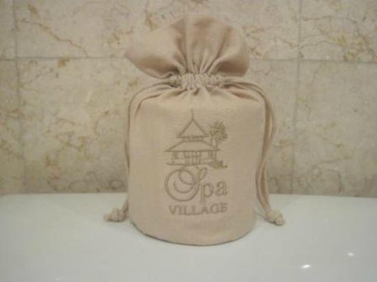 Spa Village Resort Tembok Bali: Toilet paper cover