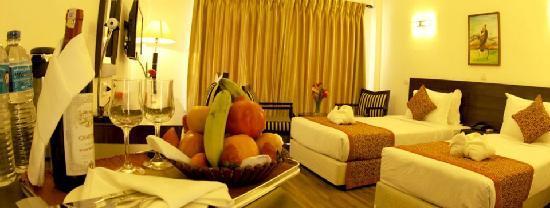 Waterfront Resort Hotel: Room