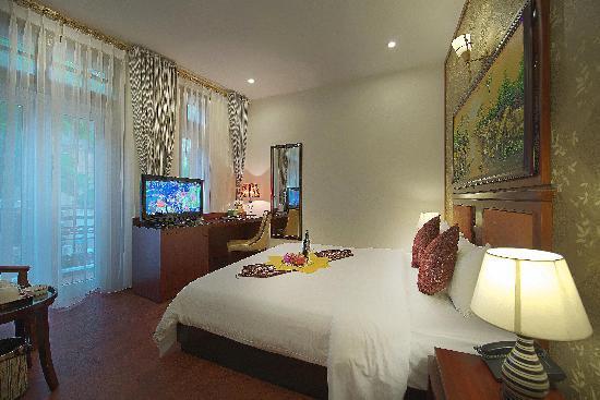 Gia Bao Palace Hotel: Room View