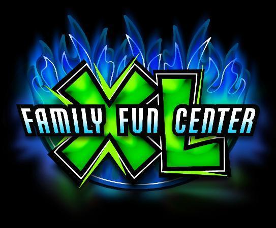 Family Fun Center : Logo