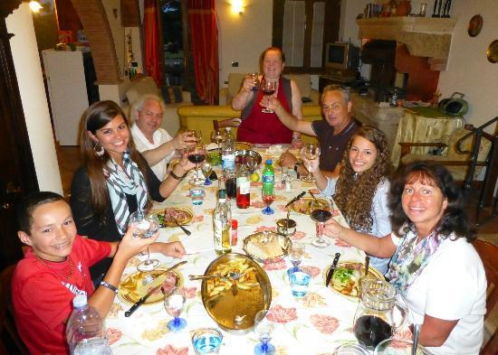 Podere Il Biancospino: Dinner at the Villa with our special Cook