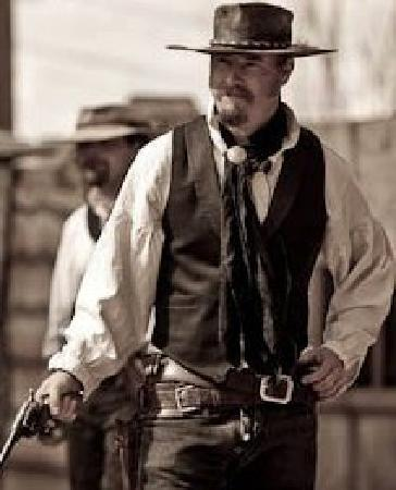 Tombstone Gunfighters: Lincole Leavere