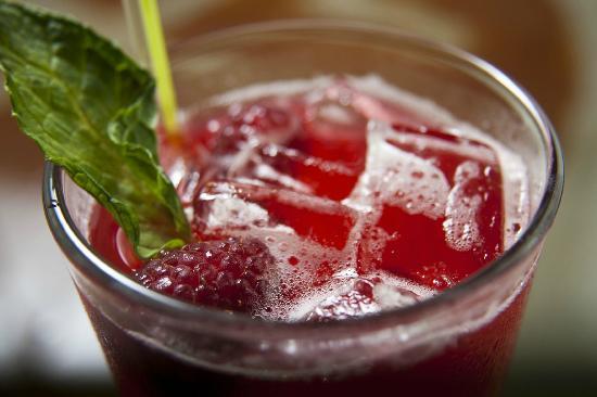 Railroad Station Bar and Grill: Pomegranate Mojito