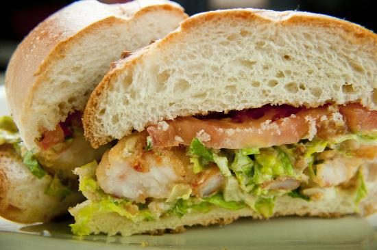 Railroad Station Bar and Grill: Shrimp Po Boy