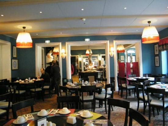 Club Med Chamonix Mont-Blanc: sala colazione/buffet