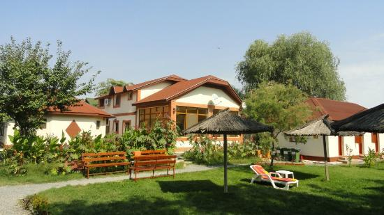 Pension Inima Deltei: Guesthouse