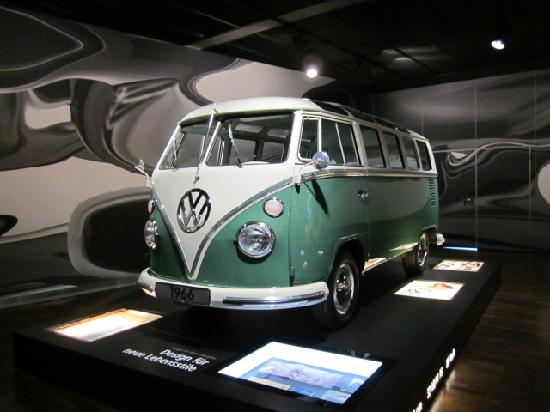 ur vw bus bild von autostadt wolfsburg tripadvisor. Black Bedroom Furniture Sets. Home Design Ideas