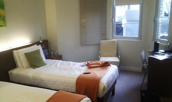 Ambassadors Bloomsbury: room 216