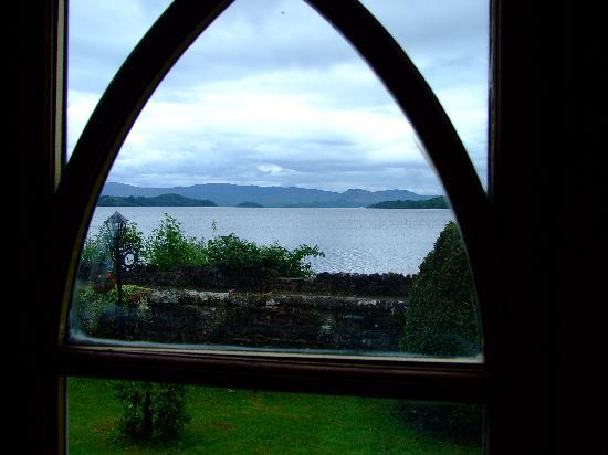 Water's Edge Cottage: veiw from the room
