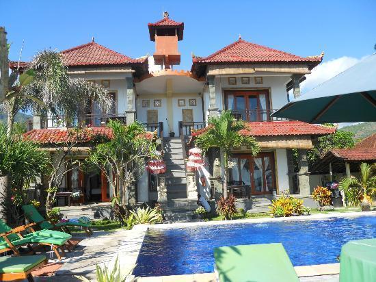 Amed Beach Resort: vue d'ensemble