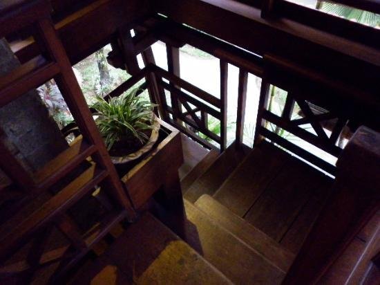 Putu Bali Villa and Spa: Stairs to 2nd Room