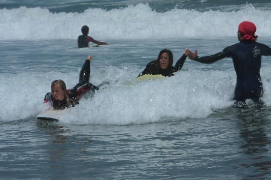 Aftas Trip : Encadrement et spot idéal pour apprendre le surf