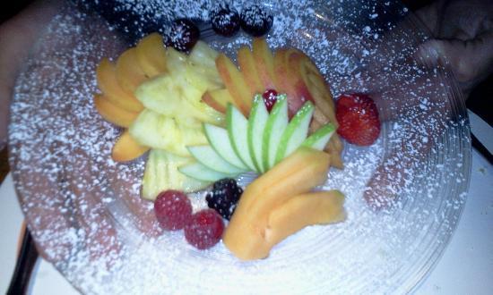 Targa : Fresh Fruit Plate