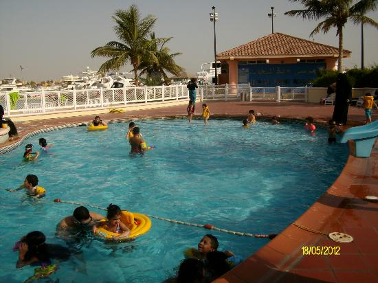 Makarem Annakheel Village: منطقة حمامات سباحة/شواطئ