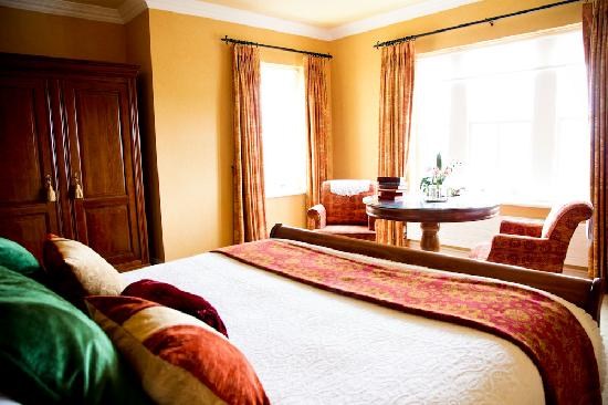 Ardmore Country House Hotel: Sea View King Room