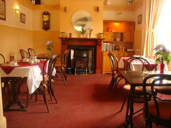 Lampet Arms: Dining room