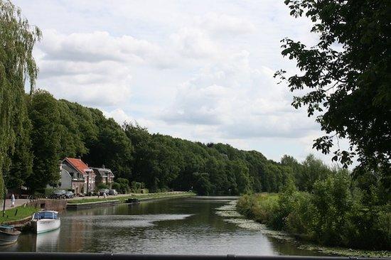 B&B Klein Zuylenburg: the river Vecht