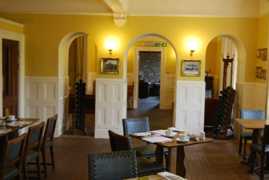 Kilmarnock Arms Hotel: Breakfast/Dining area