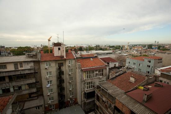 Ant Hotel: Blick auf Hinterhof/Bosporus