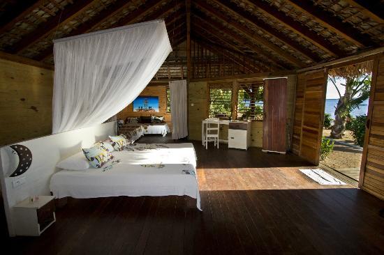 Anjiamarango Beach Resort: Anjiamarango Lodge Bedroom