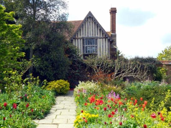 Great Dixter House &am...