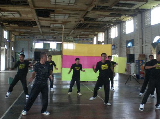 Iwahig Prison and Penal Farm : Dancers-Prisoners or Prisoners-Dancers?