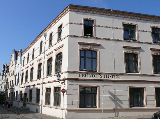 Frundt Hotel & Restaurant