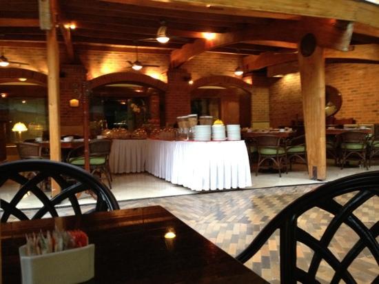 Park 10 Hotel : Desayuno Buffet